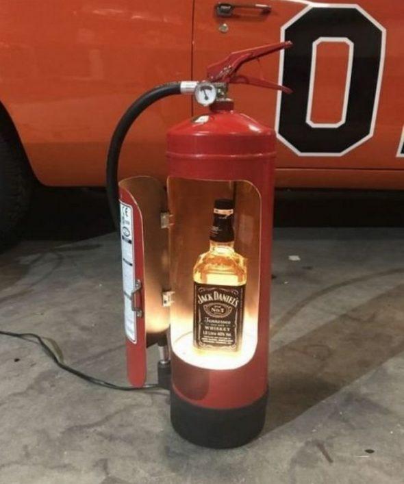 Мини-бар из огнетушителя