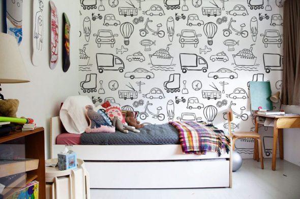 Оформление стен обоями-раскрасками