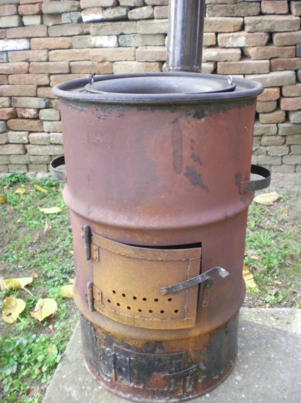 печка-буржуйка из бочки 200 литров