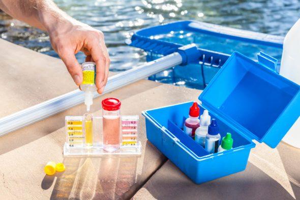 как почистить пруд на даче своими руками