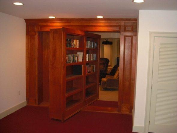 Потайная дверь-шкаф