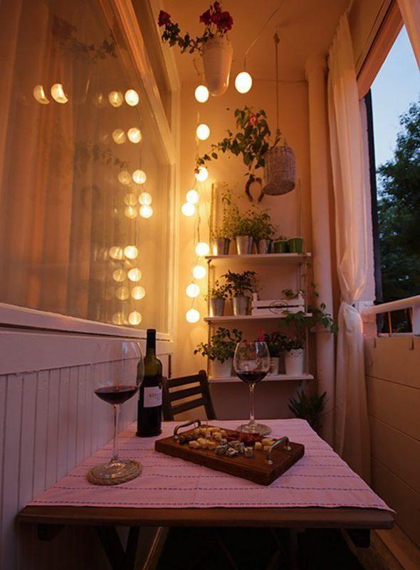 Романтический ужин на балконе