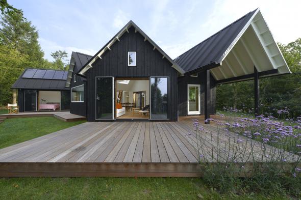 Одноэтажный дом с тремя спальнями по индивидуальному проекту заказчика
