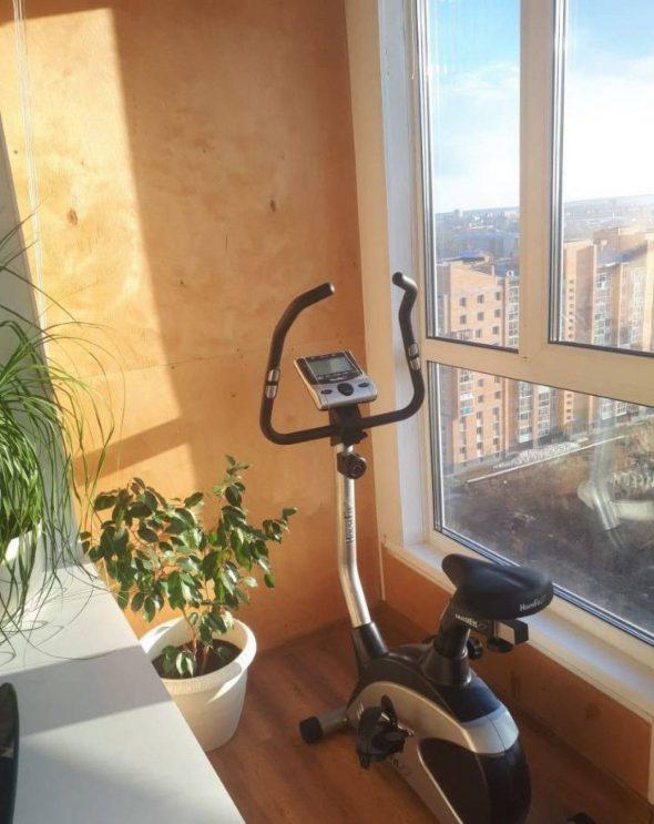 Велотренажёр на балконе