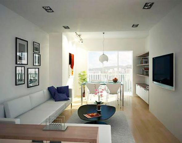 Планировка прямоугольной комнаты с балконом