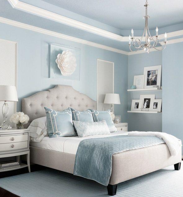 Спальня в холодных голубых тонах
