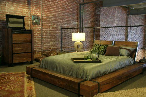 Кровать из бруса в стиле лофт
