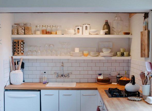 как недорого обставить кухню
