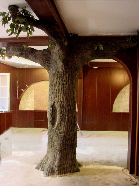 Колонна в виде дерева
