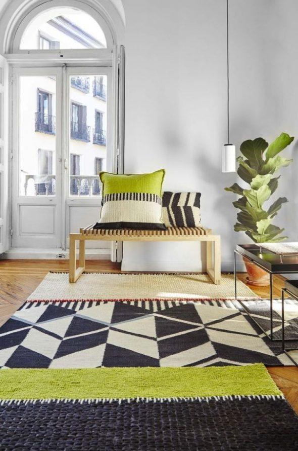 Сочетание ковров в комнате