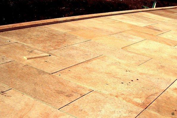 Плитка из песчаника песочного цвета