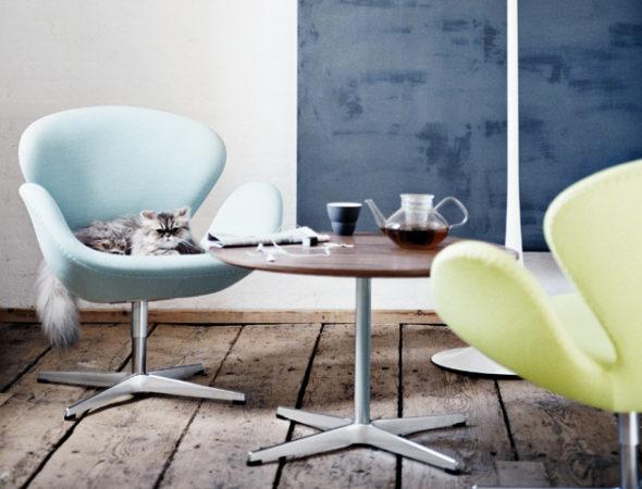 Кресла от Арне Якобсена в интерьере