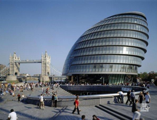 Здание мэрии в Лондоне