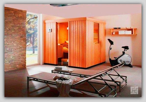 Кабинка-сауна, расположенная внутри квартиры