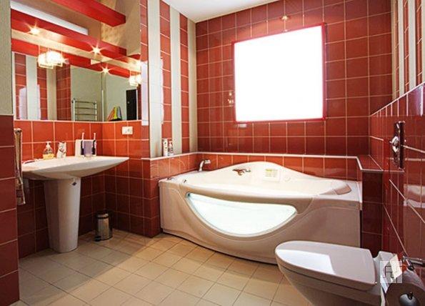 ванная в красных тонах