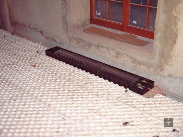 монтаж внутрипольного радиатора