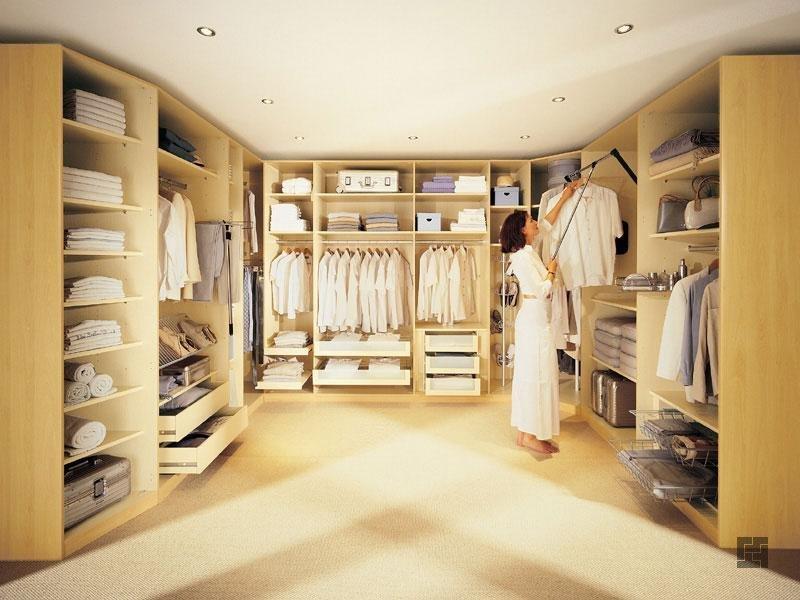 гардеробная комната