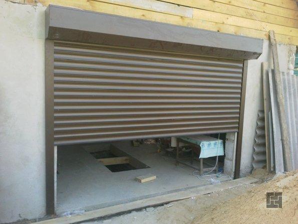 роллеты - отличная альтернатива гаражным воротам