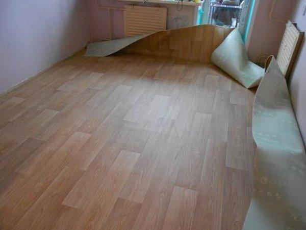Линолеум укладка своими руками на деревянный пол фото 935