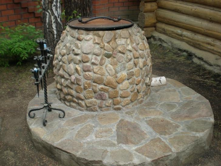 Тандыр, облицованный камнем
