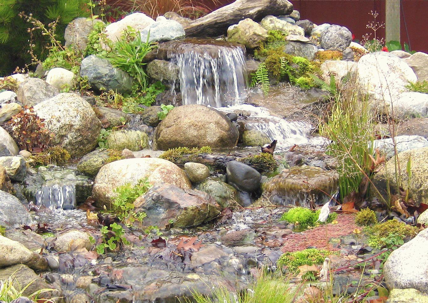 Каскадные водопады на даче