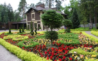 Тенденции ландшафтной моды: клумбы и цветники