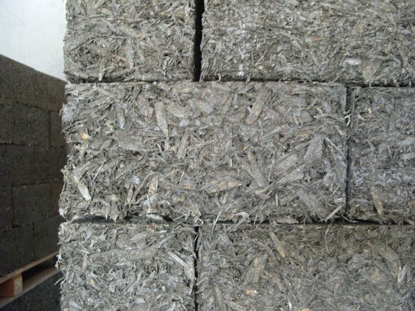Стеновая кладка из арболитовых блоков