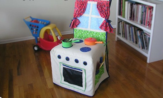 Детская кухня-чехол на стул