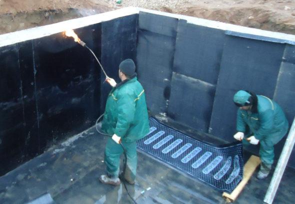 Гидроизоляция стен и пола подвального помещенияа