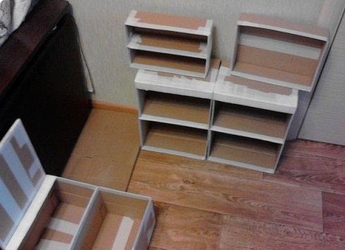 Конструирование детской кухни из картонных коробок