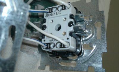 Подключение в разрыв двухжильного кабеля