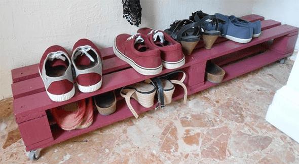 Обувная полка из поддона