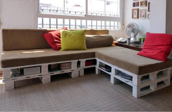 Угловой диван из поддонов
