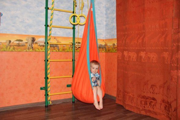 Детское кресло-кокон