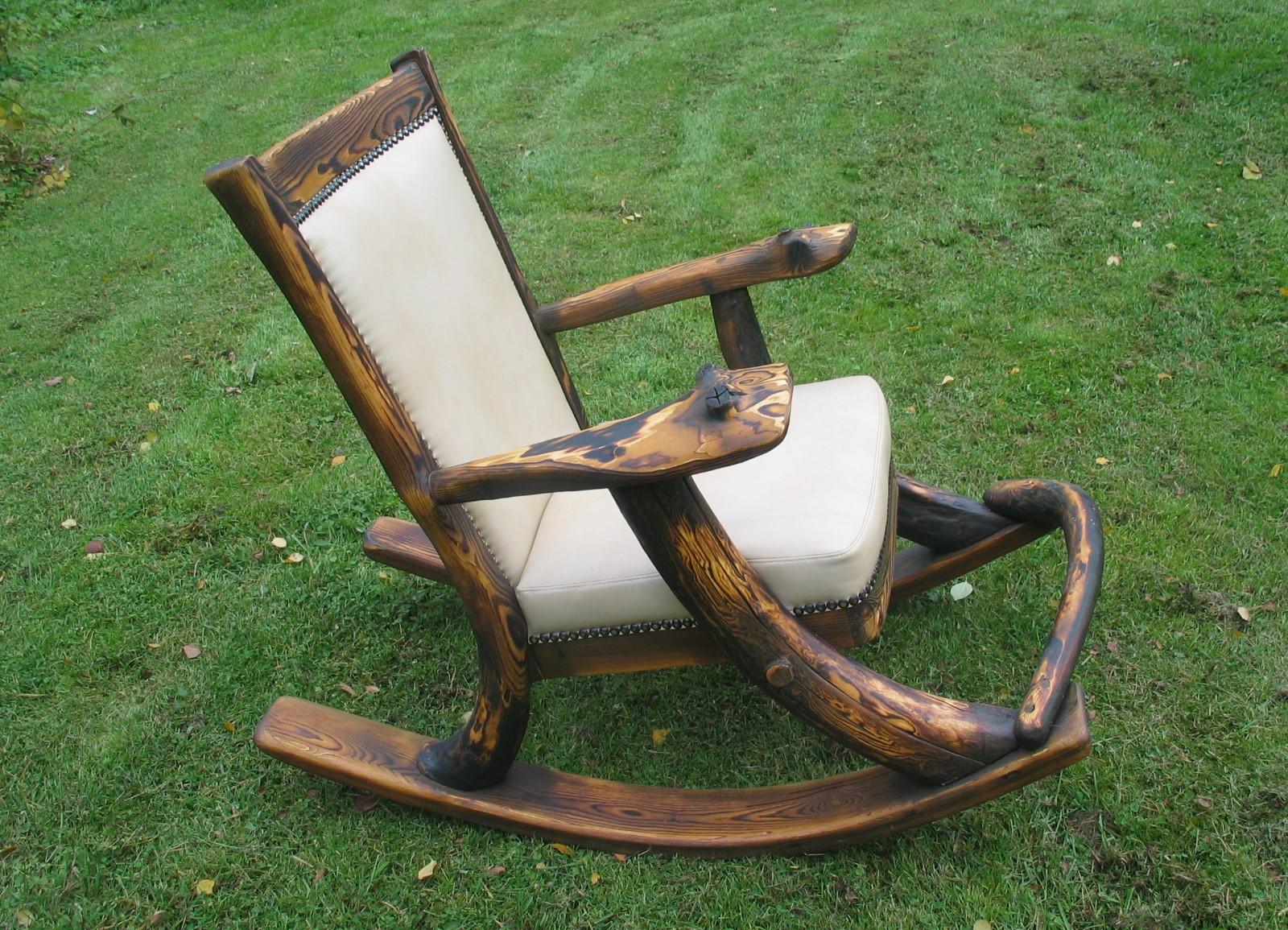 Делаем кресло-качалку своими руками: модели из дерева и пластика