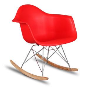 Пластиковое кресло на полозьях