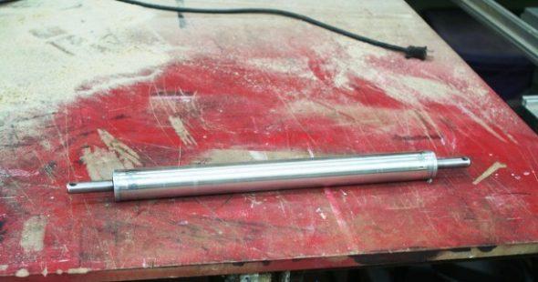 Основная часть трубки с подшипниками для изготовления самодельного вибратора