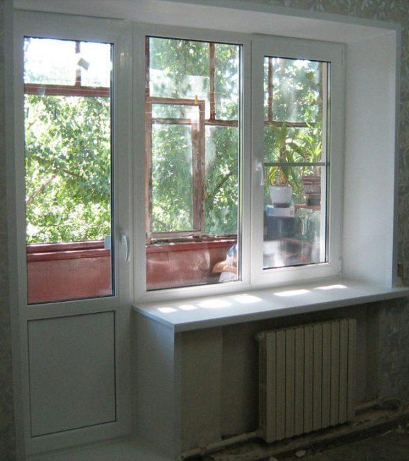 ПВХ балконная дверь