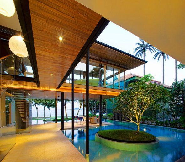 Полуоткрытая терраса у дома Fish House в Сингапуре