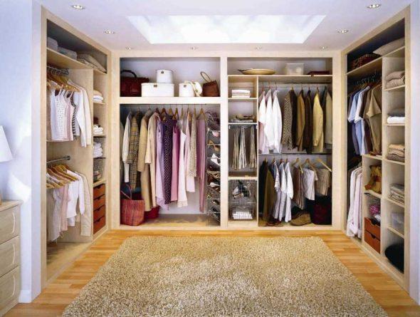 Вариант наполениия гардеробной комнаты