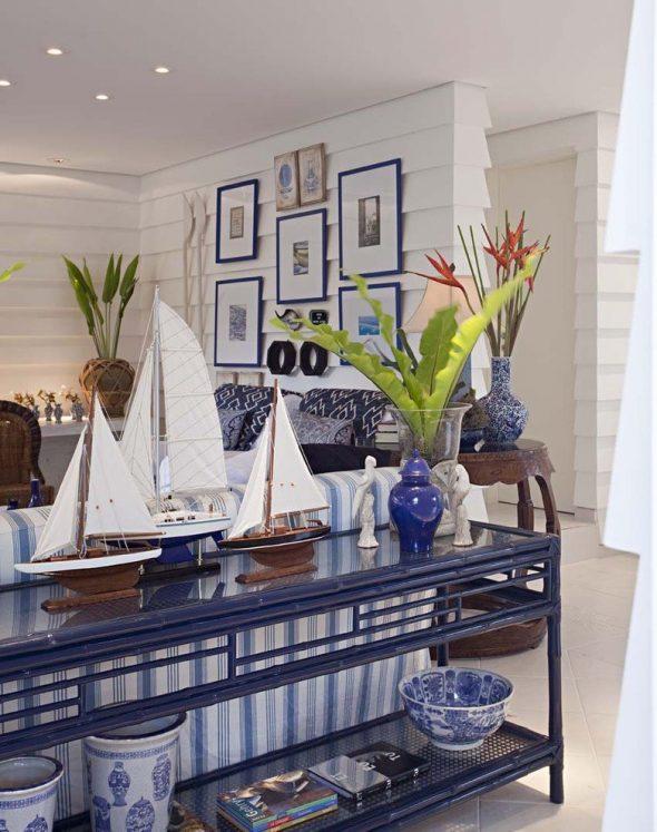 Декор интерьера гостиной в морском стиле
