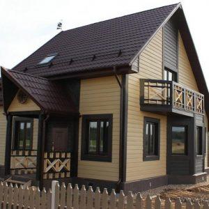 Обшивка дома фасадным сайдингом