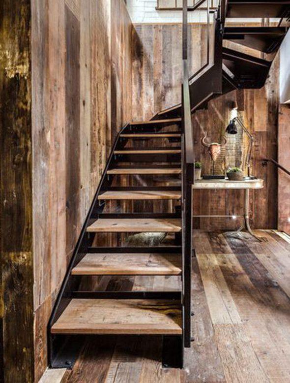 Лестница в стиле лофт