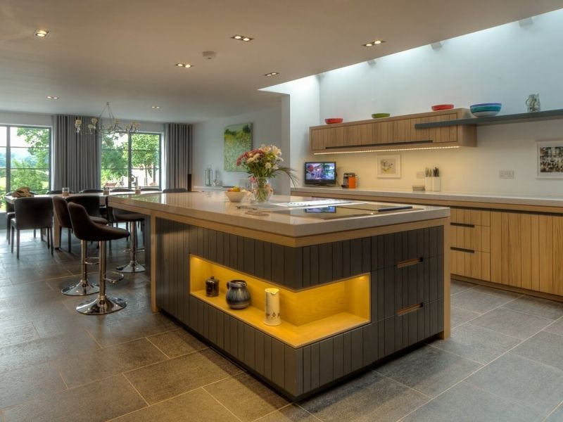 Дизайн кухни с островом: 35 вариантов с фото