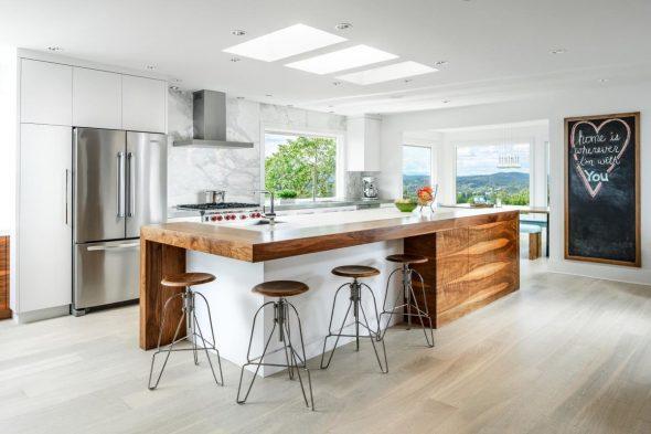 Кухня с островом