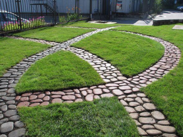 Садовые дорожки из крупной гальки