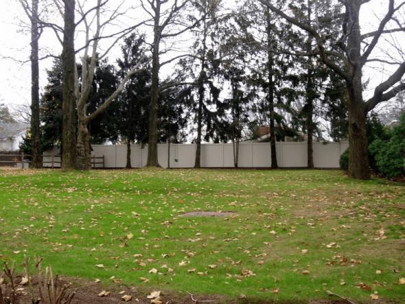 Двор рядом с домом из фильма Крестный отец
