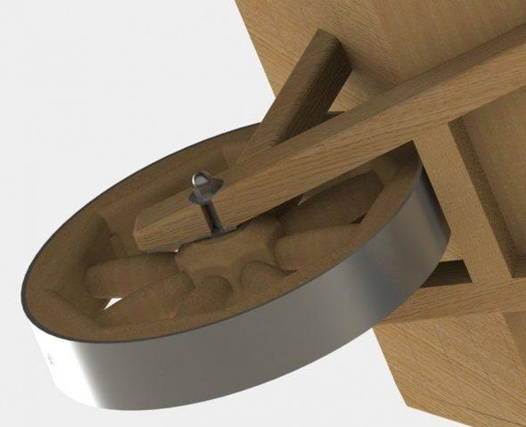 Колесо деревянной тачки