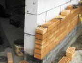 Что лучше для строительства дома: пеноблок или кирпич