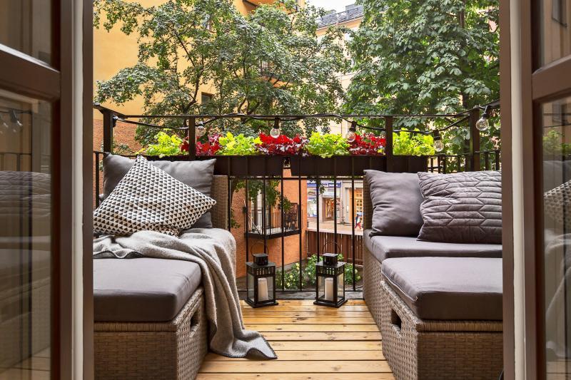 Дизайн балкона: 30 идей оформления